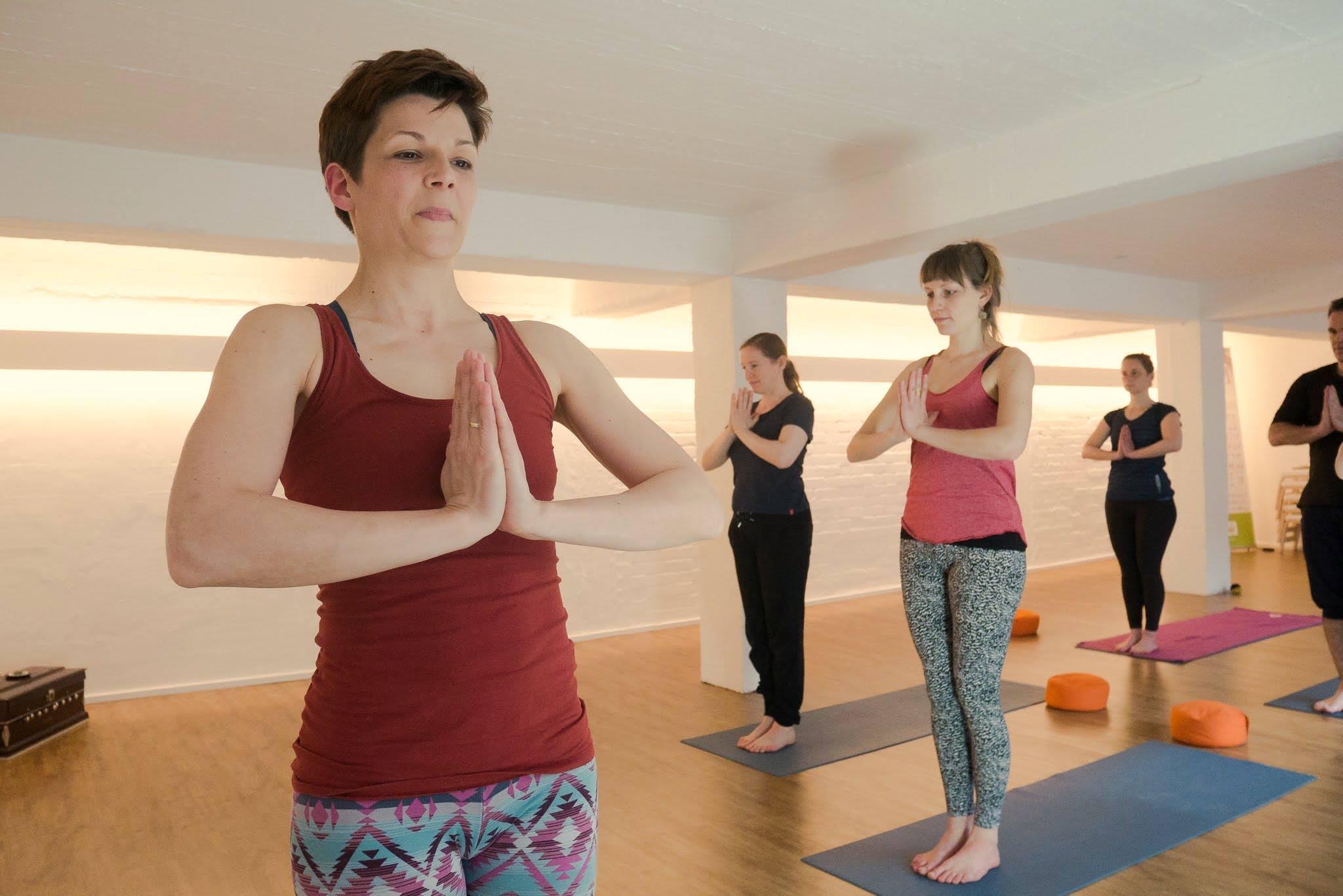 Hatha Yoga mit LIsa