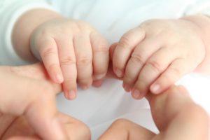 Beruehrung Baby